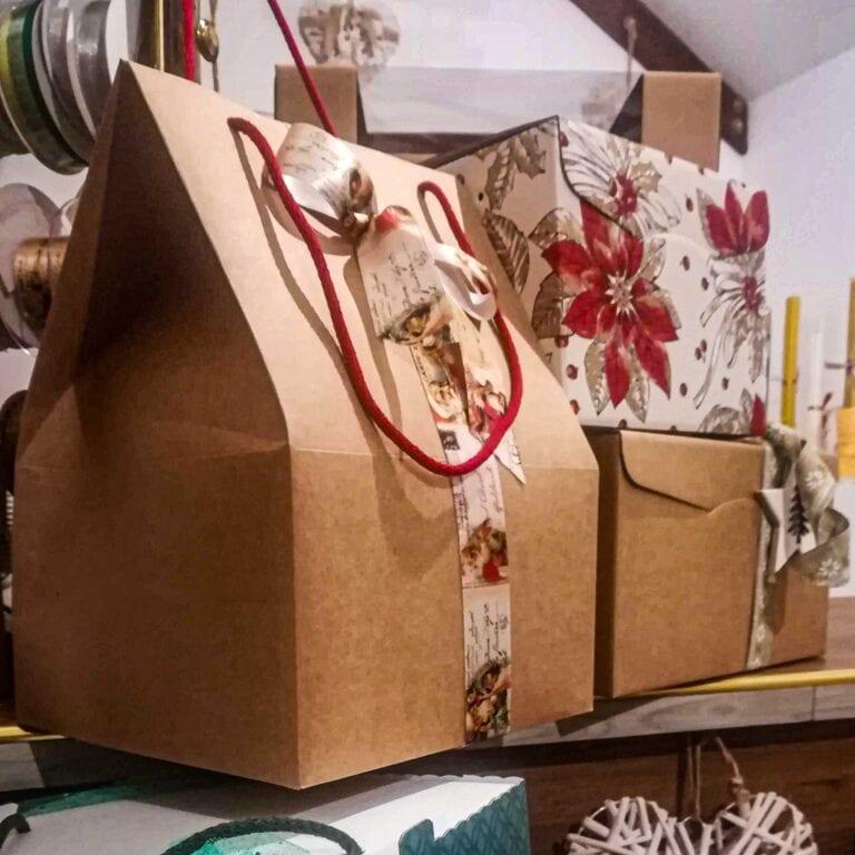 confezioni regalo e scatole per pacchi